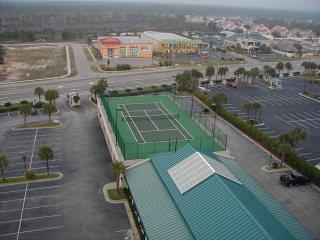 White Caps elevated tennis court